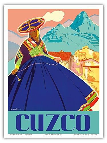 Cuzco, Peru - Machu Picchu - Peruanische Frau in traditioneller Tracht mit Spindel - Vintage Retro Welt Reise Plakat Poster von Agostinelli c.1947 - Kunstdruck - 23cm x 31cm (Peruanische Tracht)