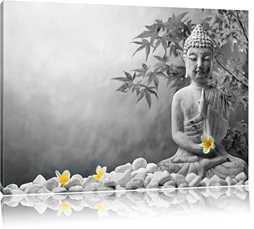 Buddha mit Monoi Blüte in der Hand schwarz/weiß Format: 120x80 auf Leinwand, XXL riesige Bilder fertig gerahmt mit Keilrahmen, Kunstdruck auf Wandbild mit Rahmen, günstiger als Gemälde oder Ölbild, kein Poster oder Plakat