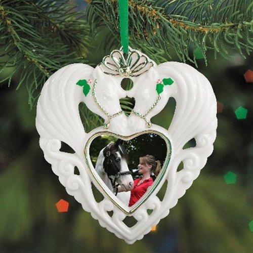 breyer-2009-holiday-heart-photo-frame-ornament-misc-by-intrepid-international