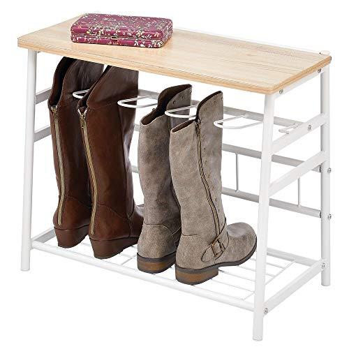 mDesign Flurgarderobe für 3 Paar Stiefel - Schuhregal aus Metall und Holz für Stiefel - Schuhablage mit Stellfläche für Bücher und Deko - weiß und naturfarben