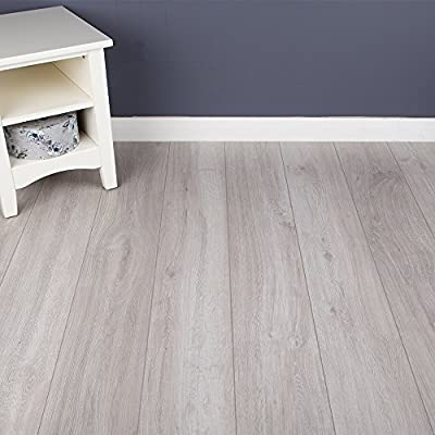 8mm - V-Groove - Laminate Flooring - Rockford Oak - 9 Pieces - 2.22sqm produced by Brooklyn - quick delivery from UK.