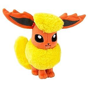 TOMY Pokémon Flareon Plüschfigur in Fensterbox – Hochwertiges Stofftier 20cm zum Spielen und Sammeln – ab 3 Jahre