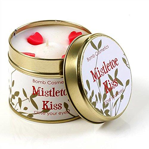 Bomb Cosmetics Dosenkerze Mistletoe Kiss Weihnachtskerze Candle Kerze