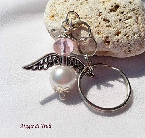 Magie di trilli - ciondolo artigianale portachiavi argentato con angelo con perla e cristallo rosa, completo di anello - bomboniere battesimo, nascita, comunione, primo compleanno - idea regalo