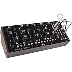 Mother-32 - Sintetizador modular de escritorio