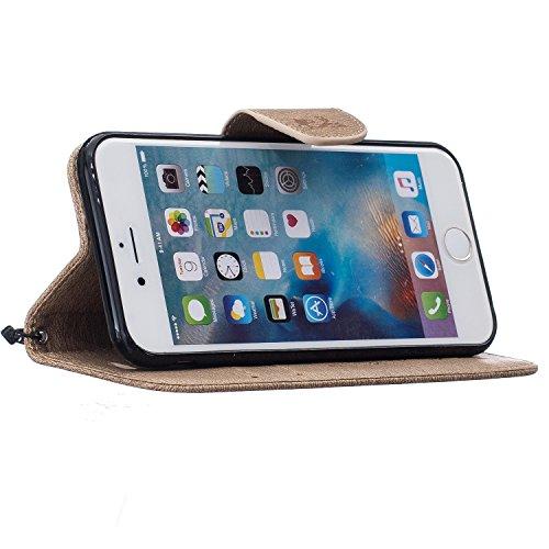 Roreikes Apple iPhone 6 Hülle, iPhone 6S Case (4.7 Zoll), Kettensägen-Bär Design Muster Prägemuster Design Folio Cover Wallet im Bookstyle mit Standfunktion Karteneinschub und Magnetverschluß Etui für Hellbraun