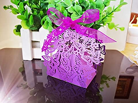 Cadeau de mariage Candy Sweet Boîtes Dikete® 50pcs Papillon creux Motif fête d'anniversaire de mariage de douche décoratif à dragées Boîte cadeau Bonbonnière avec ruban violet