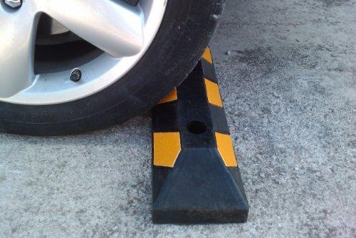 Gewerbliche Vier (RWS-4x2 Gummi Radstopp-Parkbegrenzung für gewerbliche und private Parkhäuser, Parkplätze und Privatgaragen, Farbe Schwarz-Gelb, Abmessungen 55x15x10 cm (2er Pack))