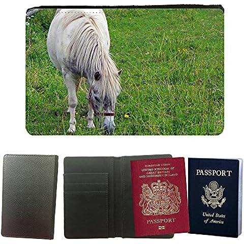 Cubierta del pasaporte de impresión de rayas // M00147581 Pony Horse Animal Giro Pascolo // Universal passport leather cover