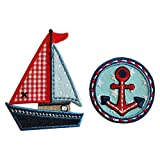 8X6Cm Yate03 Lindo velero con una combinación de colores vibrante en variadas presentaciones y materiales Un sello circular muy colorido de estilo marinero con un Ancla roja central perfecto para personalizar prendas