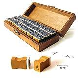 42-tlg. Holz / Gummi Stempel Set & rustikaler Holzbox mit Metallverschluss, Buchstabenstempel / Alphabet-Set - Marke Ganzoo