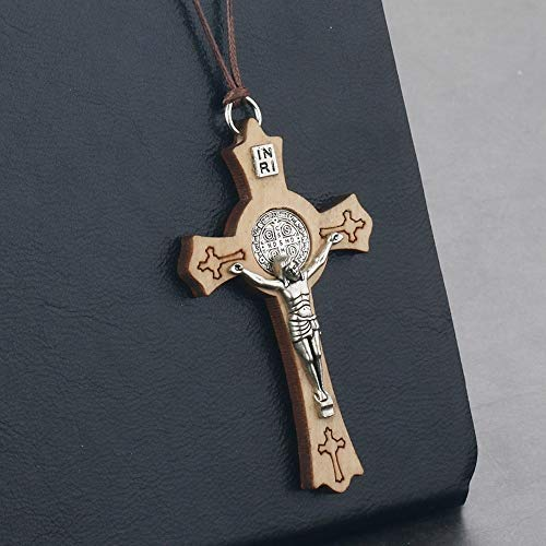7e1abc9e08e DTKJ Mens Rope Chains Olive Wood Saint Benedict Medal Cross  Necklace&Pendant for Women Religious Jesus Inri
