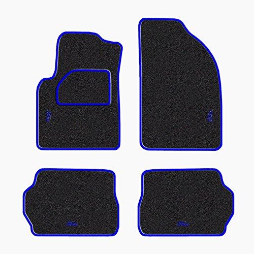 Tappetini-per-Ford-Fiesta-5a-serie-anni-2002-2008-battitacco-in-MOQUETTE-moquette-NERO-bordo-BLU-cuciture-BLU-4-scritte-ricamate-col-BLU
