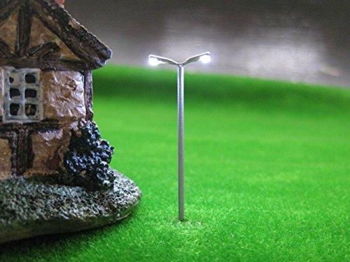 Preisvergleich Produktbild 10 Stk. LED Leuchte Doppelpeitschenlampen 56mm 12-18V Spur N / TT T91D