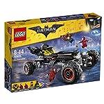 LEGO-Batmobile-70905-con-Batman