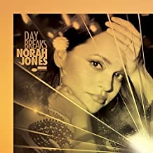 Day Breaks [Shm-CD] [Import allemand]