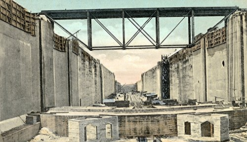 Panama Canal: Locks. /Nview Looking North Showing The Upper Chamber East Lock and Construction Trestle for Erecting Gates at Gatun Canal Zone Panama. Photographed C1910. Kunstdruck (60,96 x 91,44 cm) - Gatun Locks