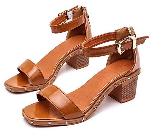 Sommer-Perle Fischkopf Wort Schnalle hochhackigen Sandalen Frauen Sandalen, dick mit wilden Schuhe Dark Brown