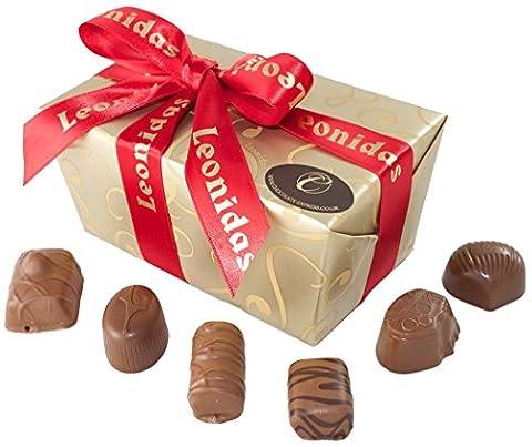 Luxuriose Belgische Milchschokolade: 35 Leonidas Pralinen mit Buttercremefüllung, Ganachesn und Karamel füllung.