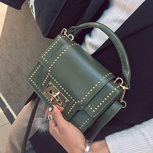 Pacchetto CengBao femmina marea nuovi rivetti elegante piccoli pacchetti di partito coreano wild Ladies borse tracolla messenger bag package, rosso Verde