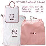 Coccole- Set ASILO SCUOLA MATERNA - 3 pezzi: 1 bavaglino, 1 asciugamano e 1 sacca con nome personalizzato per scuola materna -3-5 anni (Rosa)