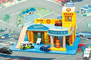 Le Toy Van TV445 My First Garage