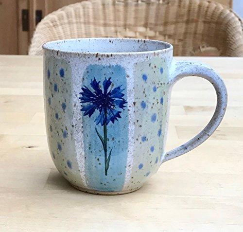 Kaffeebecher türkisblau/grün mit Kornblume,Pusteblume und Mohn-getöpfert