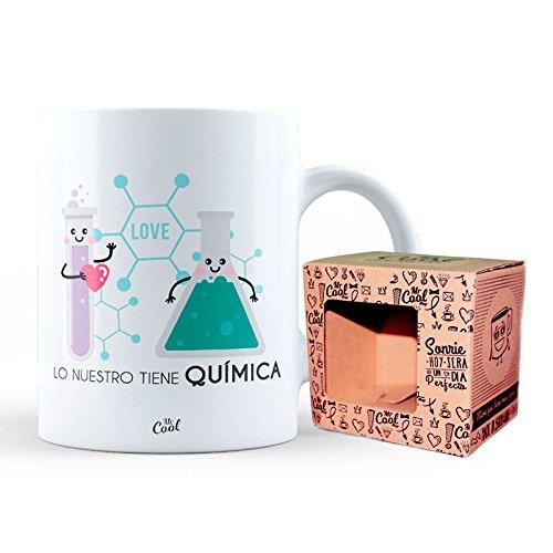 Mr Cool Taza en Caja Regalo en Mensaje Lo Nuestro Tiene Quimica, Cerámica, 15x10x5 cm