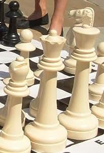 Jeu d'échecs géant. échecs d'extérieur. Very Large