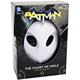 Batman: The Court of Owls Mask and Book Set (The New 52) (Batman: the New 52) by Scott Snyder (2013-10-08)
