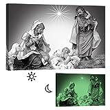 Wandbilder Startoshop, nachleuchtende Leinwandbilder oder selbstklebende Fototapete, Wandsticker, Jesus in der Krippe Wandbild, 60 cm x 90 cm
