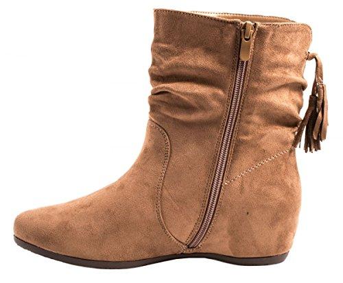 Elara Damen Schlupfstiefel | Bequeme Klassiche Stiefeletten | Flache Boots Khaki Wildlederoptik