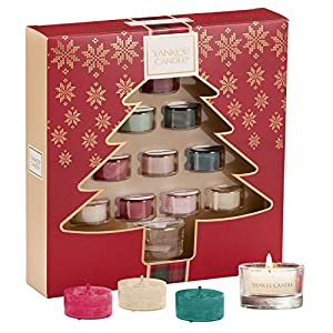 Yankee Candle Gift Set with 10 Scented Tea Lights and 1 Tea Light Holder, Festive Christmas Tree Gift Box