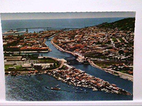 AK Sete/Frankreich, (Herault), Vue aerienne, Luftbild, Blick über die Stadt, Brücken, Boote, Ungelaufen. (Boots Sl)