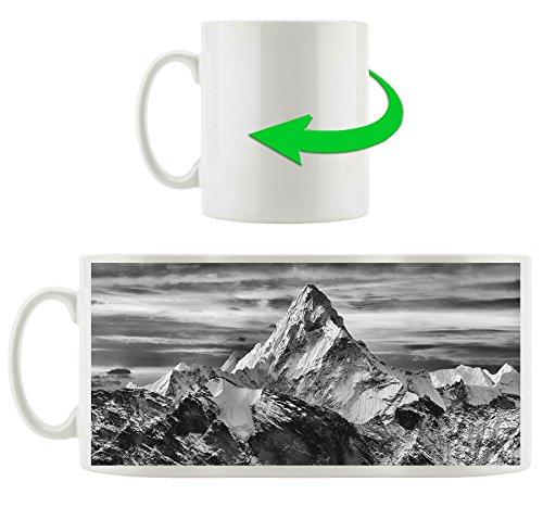 Monocrome, montagnes au soleil, Motif tasse en blanc 300ml céramique, Grande idée de cadeau pour toute occasion. Votre nouvelle tasse préférée pour le café, le thé et des boissons chaudes