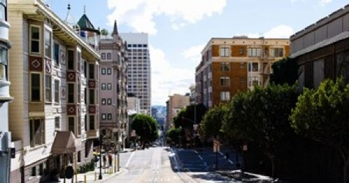 The Poster Corp Panoramic Images - Buildings on both sides of a street Powell Street San Francisco California USA Photo Print (91,44 x 48,13 cm)