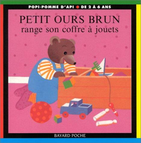 Petit Ours Brun range son coffre à jouets par Marie Aubinais