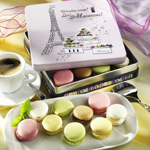 Macarons in Geschenkdose Paris