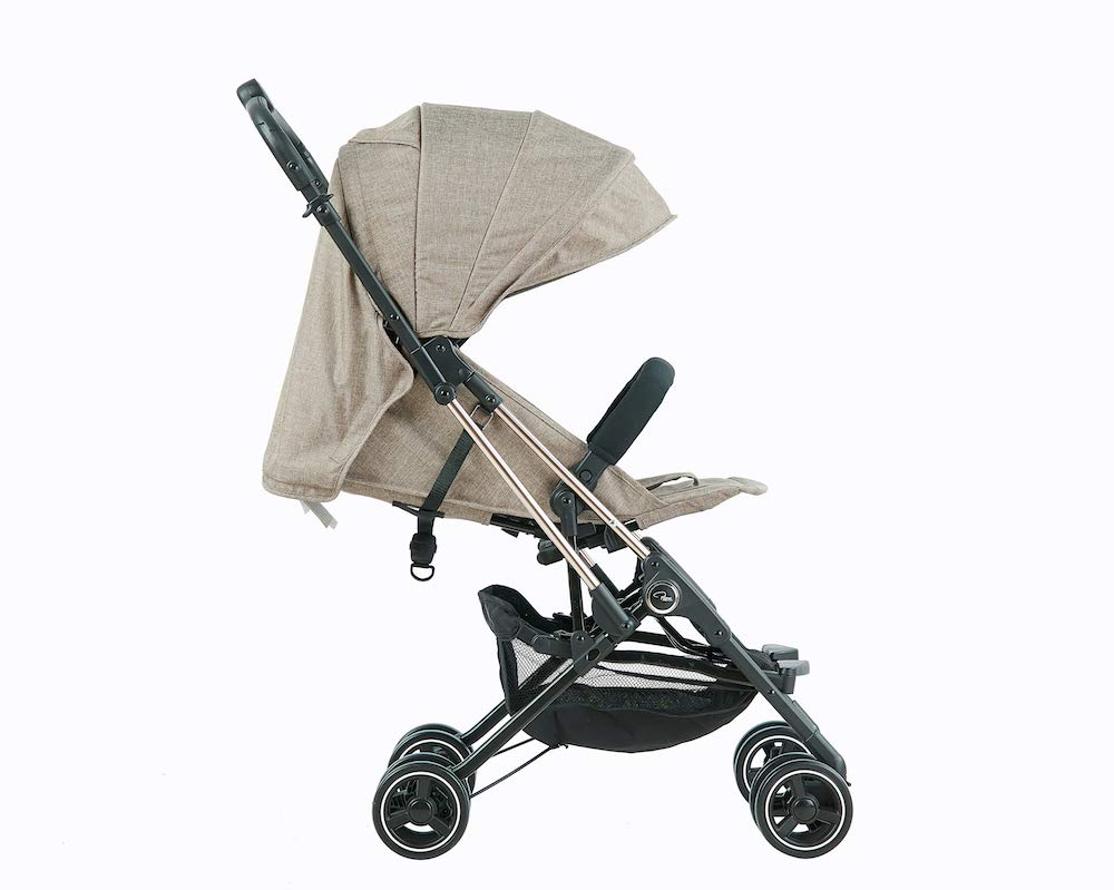 Roma Capsule² Compact Airplane Travel Buggy from Newborn Only 5.6 kgs + Rain Cover, Insect Net and Travel Bag - Tweed with a Rose Gold Chassis Roma Compact lie-back stroller - suitable from newborn to 15 kgs Includes rain cover, insect net, travel bag Locked and swivel wheels, shopping basket, 4