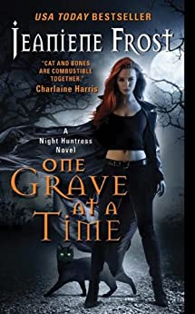 One Grave at a Time: A Night Huntress Novel par [Frost, Jeaniene]