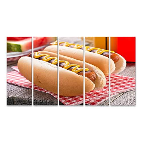 wand Köstliche gegrillte Hot Dogs auf einem rustikalen Picknicktisch. Wandbild Poster Leinwandbild SYW ()