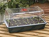Obtenez votre jardin en pleine croissance avec ce grand propagateur. Fabriqué à partir de sa coque souple et transparente incassable thermoplastique durable fournit pour un maximum de draught-proofing et rétention de l'humidité. C'est un produit très...