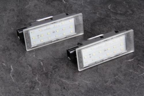 Preisvergleich Produktbild 2x TOP LED SMD Kennzeichenbeleuchtung Nummernschildbeleuchtung (RN06)