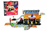 Majorette Creatix Racing Pitstop and Car by Majorette