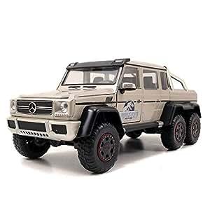 Mercedes-Benz G 63 AMG 6x6 Jurassic World 2015 Silber 1:24