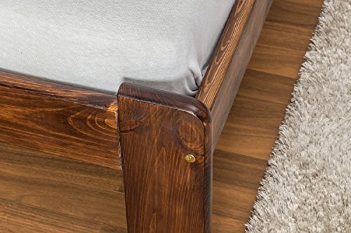 Massivholzbett / Gästebett Kiefer Vollholz massiv Nussfarben A10, inkl. Lattenrost - Abmessung 140 x 200 cm - 4