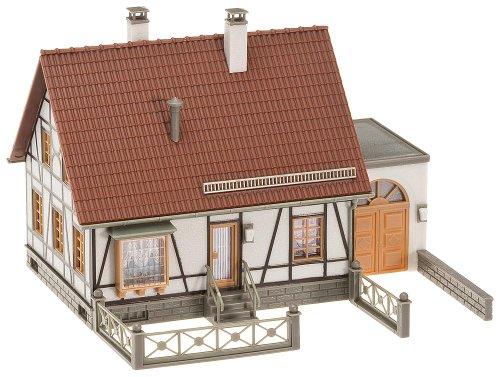 FALLER 130215 - Fachwerkhaus mit Garage