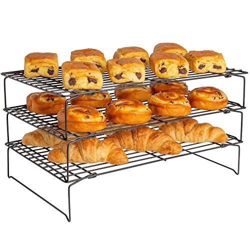 Andrew James 3-Etage Abkühlgitter Set mit Antihaftbeschichtung | Hitzebeständig | Platzsparende Stapelbare Backgitter mit Zusammenklappbaren Beinen für Kuchen und Kekse