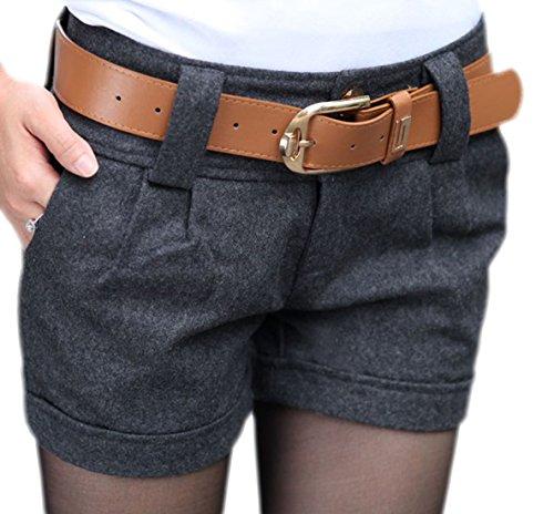 erdbeerloft - Damen Kurze Stoffhose Short mit Gürtel, 38, Grau