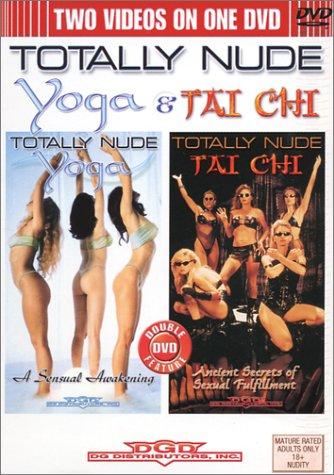 Totally Nude Yoga & Tai Chi [Import USA Zone 1]